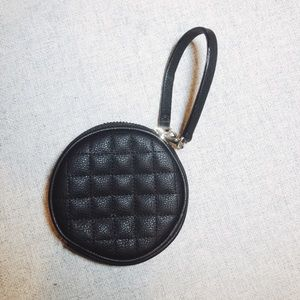 Guess Los Ang Black coin purse wristlet